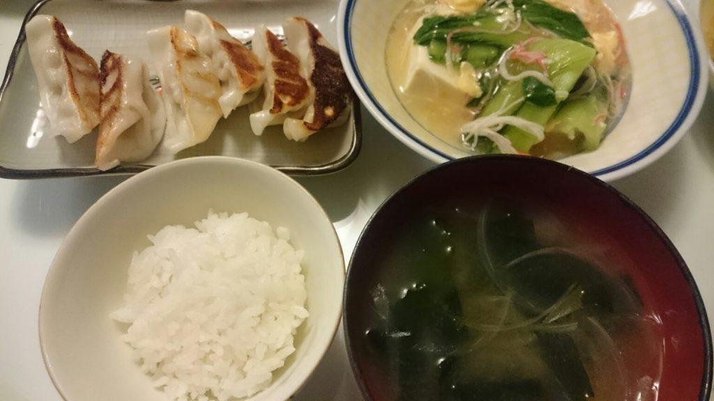 豆腐と青梗菜のかにたまあんかけ+餃子