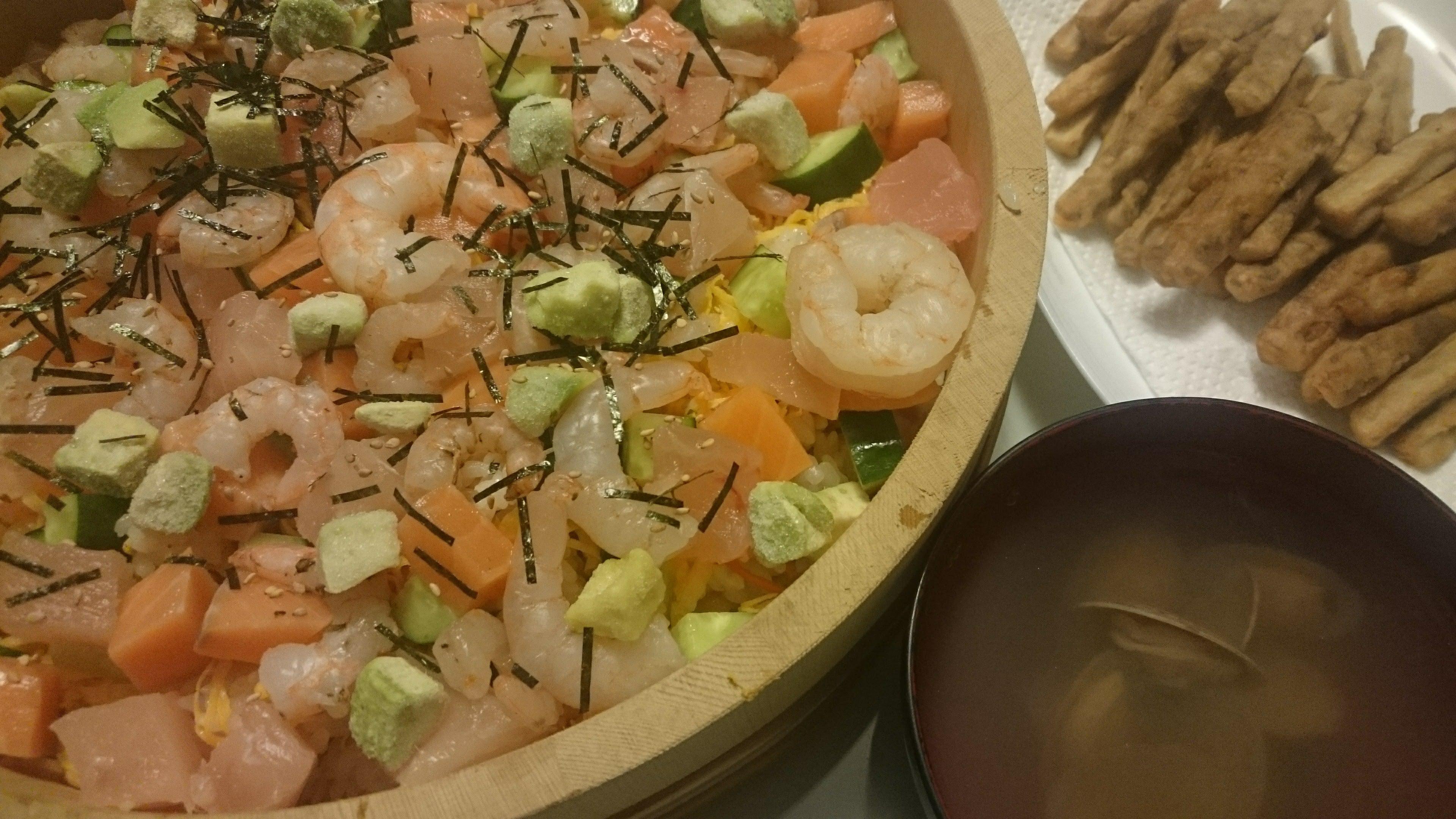 ちらし寿司+ごぼうの唐揚げ