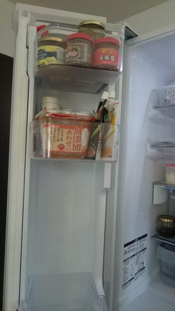 冷蔵庫(左