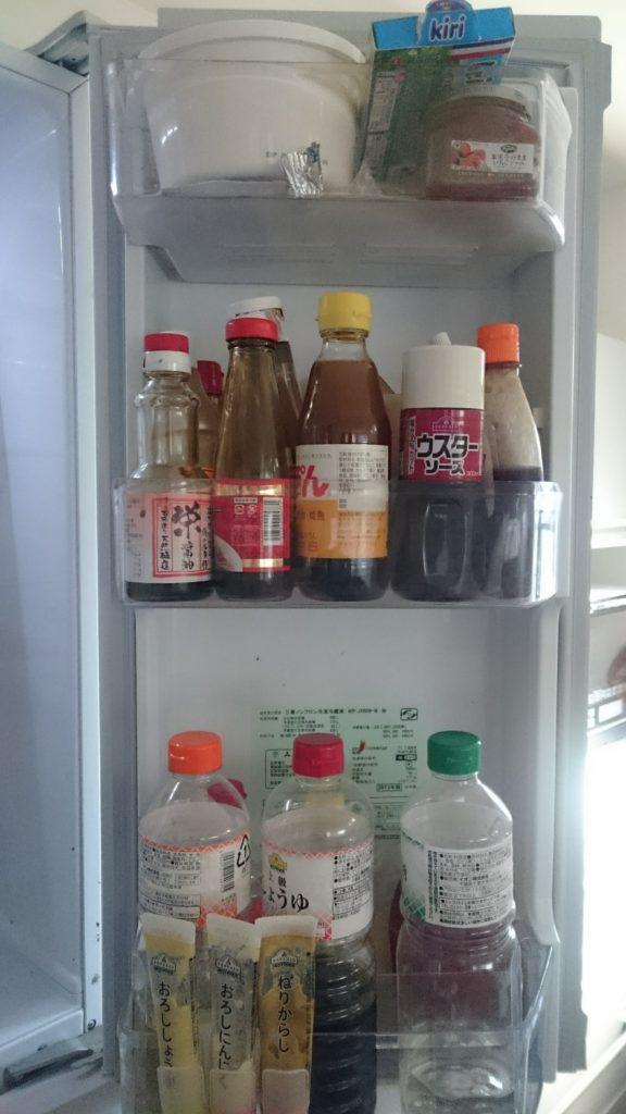 冷蔵庫(右