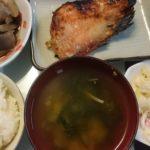 赤魚の粕漬け+牛すじと根菜の煮物+白菜の浅漬け