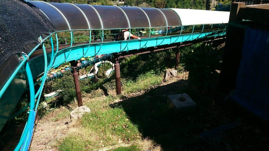 日本平動物園 日本一長い滑り台