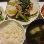 豚肉と長芋の梅風味蒸し+ブロッコリーのアーリオ・オーリオ+大豆のチリコンカン