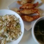 塩そぼろチャーハン+鶏皮餃子