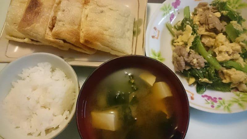 豚肉と小松菜の卵炒め+納豆とチーズのはさみ焼き