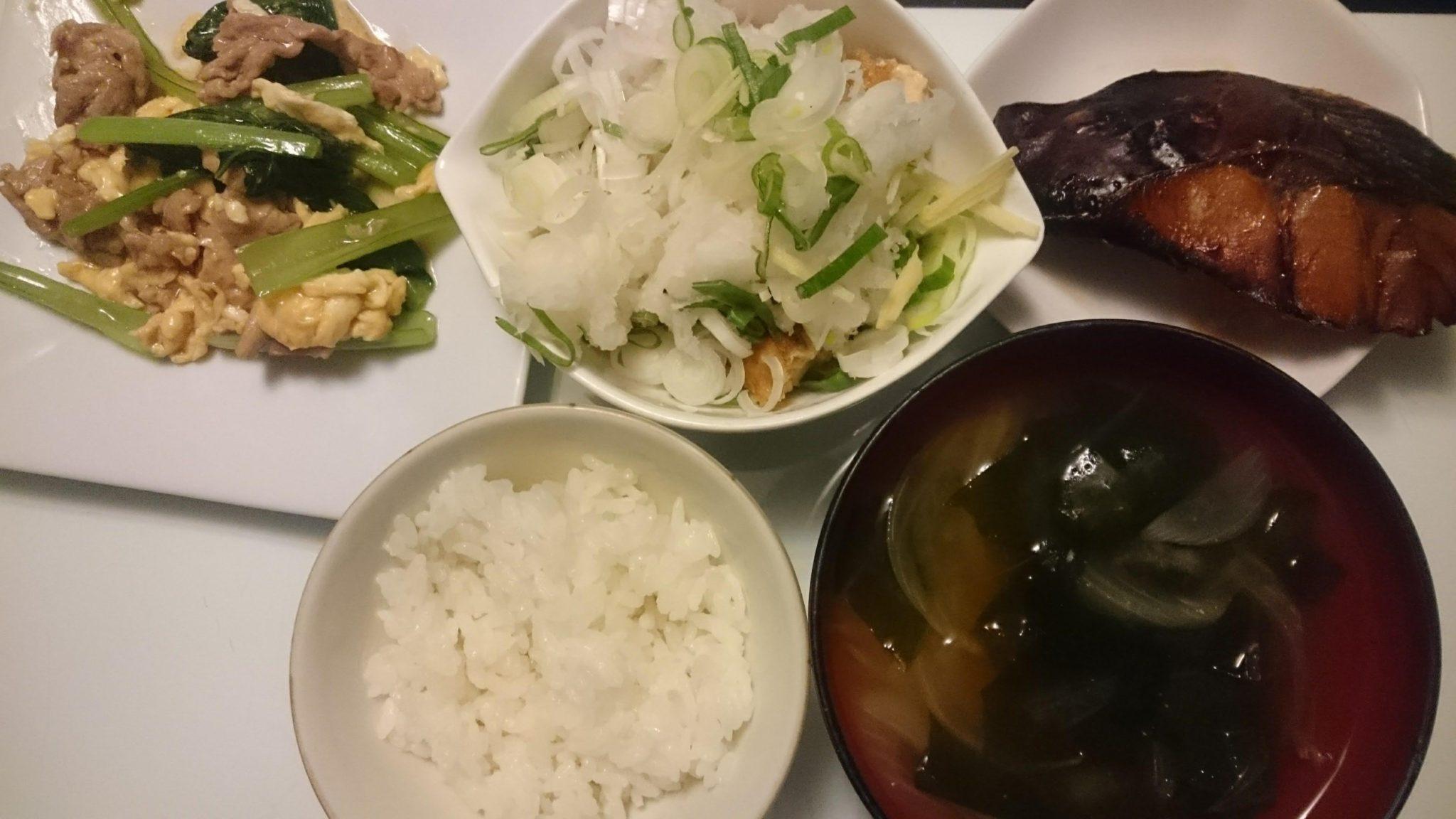鯖のみりん醤油だれ焼き+五目生揚げの薬味あえ+豚肉と小松菜の卵炒め