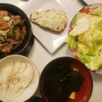 鯖のネギマヨ焼き+モツ煮込み+やみつきキャベツ
