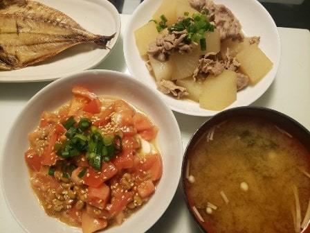 アジの開き+大根と豚肉の煮物+オリーブトマト納豆