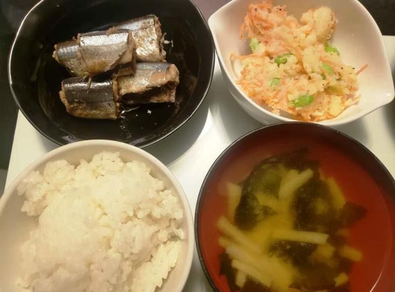 サンマの梅煮+ポテトサラダ