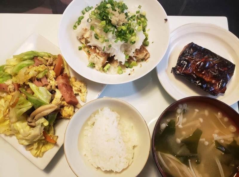 鯖の醤油漬け焼き+野菜炒め+五目生揚げのおろし和え